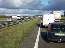 Flinke vertraging op A4 vanuit Antwerpen richting Bergen op Zoom na ongeluk
