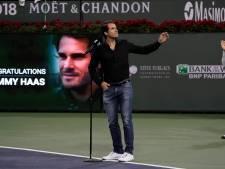 Haas neemt afscheid onder toeziend oog van Federer