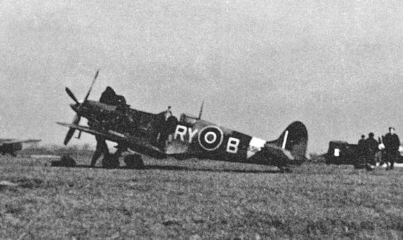In 1942 crashte een militair vliegtuig in Wolfstee nabij Herentals
