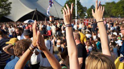 1 op de 6 meisjes kreeg al te maken met seksuele intimidatie op zomerfestivals