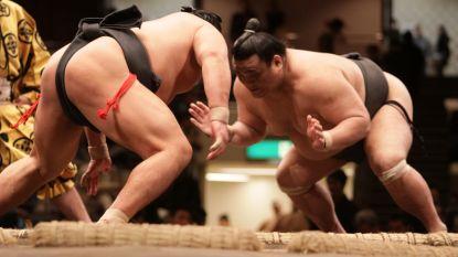 Australische vrouw bevalt van miniversie Japanse sumoworstelaar