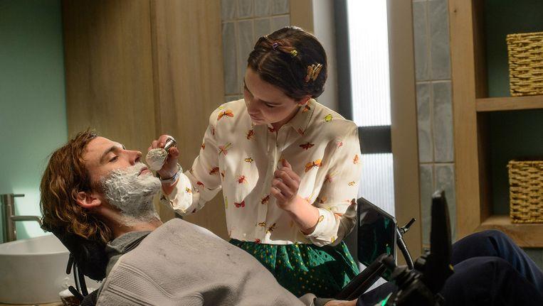 Emilia Clarke en Sam Claflin Beeld -