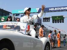 Waar blijft die krabbel van Hamilton? 'Lewis zou moeten weten dat zélfs hij vervangbaar is'