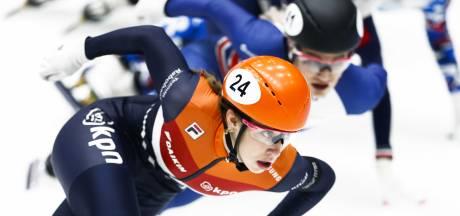 Schulting valt, Van Ruijven brons op 500 meter