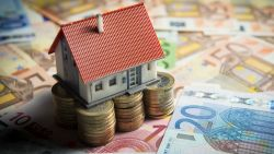 Ruim 4 op 10 jongeren besteden meer dan een derde van inkomen aan afbetalen hypotheek