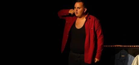 Gentse theatermaker die zelf gepest werd, wil 60.000 jongeren laten praten over pesten