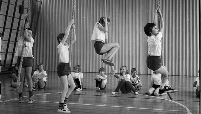 Gymnastique à l'école européenne, dans les années '70