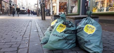 'Oeps!'-sticker nu ook op verkeerd geplaatste zak in Nijmeegse binnenstad