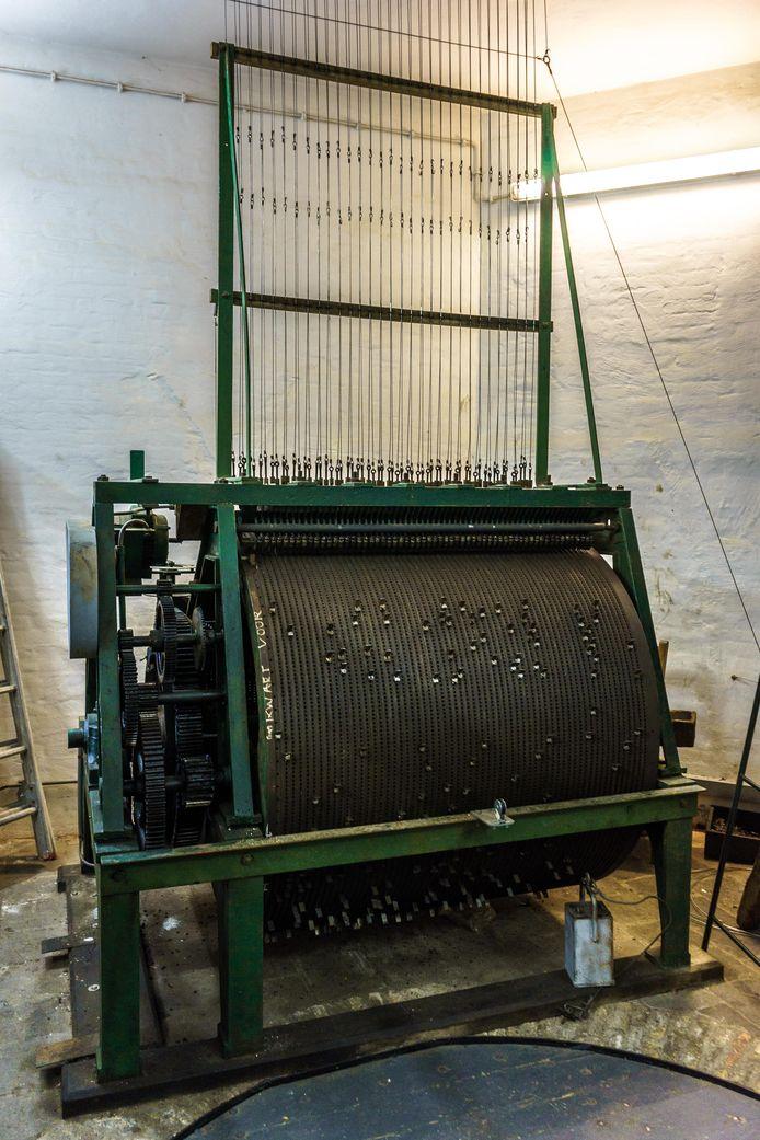 Het automatisch speelwerk oftewel trommelwerk wat het carillon in de Grote Toren aanstuurt.