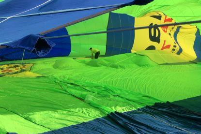 Kijk binnen in grootste Belgische luchtballon ooit