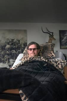 Hulp voor blinde Adri uit Harderwijk komt op gang; 'blij met alle reacties'