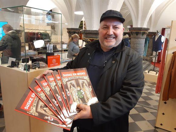 Bayram kocht meteen zes exemplaren voor zijn kleinkinderen