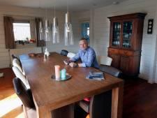 Freds vrijstaande villa is zijn 'veilige haven', toch gaat hij verhuizen