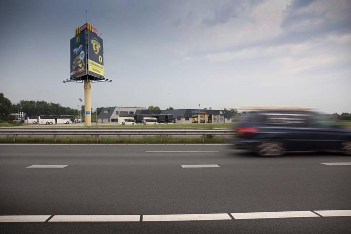 Fotomontage, over de situatie zoals die bij Betuwe Express er uit zou komen te zien.