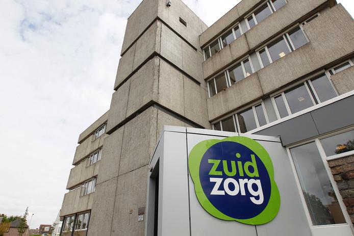 ZuidZorg gaat het hoofdkantoor in Veldhoven verkopen en zoekt naar een kleiner onderkomen.