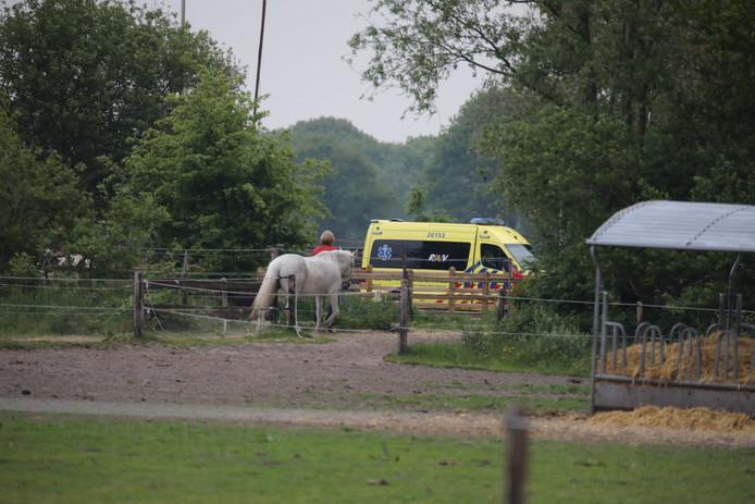 Een persoon raakte gewond bij het paardrijden.