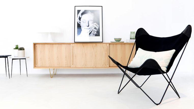 De collectie van het jonge meubelmerk Fest Amsterdam bestaat uit goede basics, gemaakt van mooie stoffen en materialen in trendkleuren. festamsterdam.nl Beeld null