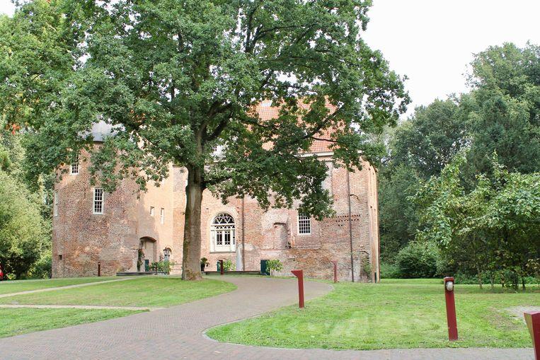 Het kasteel van Nederhemert. Beeld Flip van Doorn