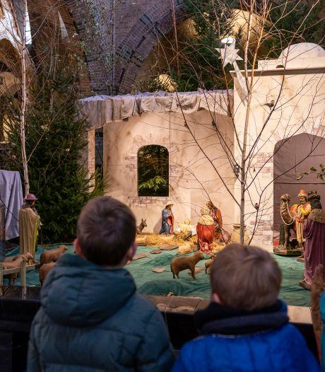 Sint Jan in Waalwijk is er vroeg bij met kerststal: 'Behoefte aan kerstsfeer in deze onzekere tijd'
