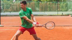 """Djokovic spreekt van 'heksenjacht' na de coronaheisa: """"Alsof er iemand moet vallen. En liefst een grote naam"""""""