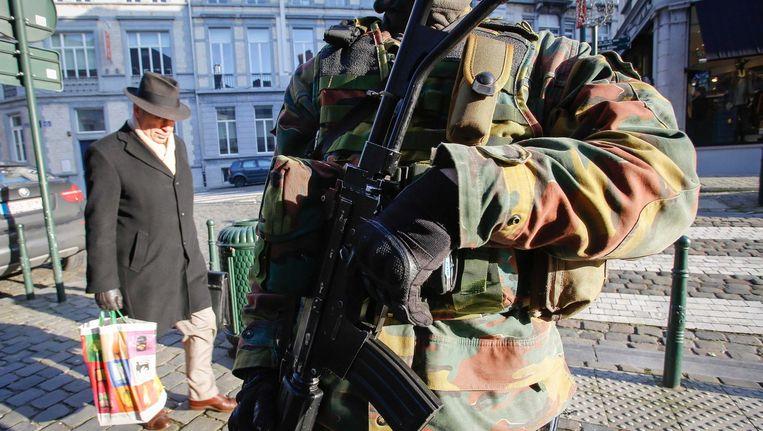 Zware bewaking nabij het Joods Museum in Brussel, begin dit jaar. Beeld epa