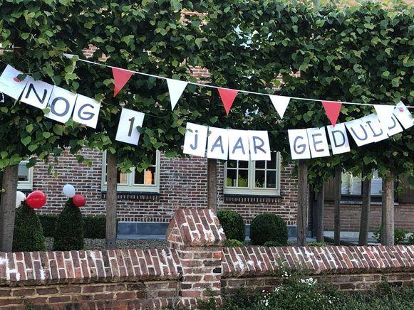 Dendermondenaren versieren massaal hun huis: vandaag had normaal het Ris Beiaard uitgegaan