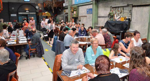 De Schoon Volk-vrijwilligers krijgen een ontbijt van MIWA voor hun inzet.