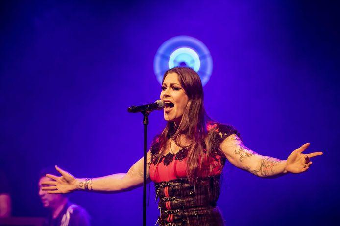 Floor Jansen tijdens de aftrap van haar eerste Nederlandse solotour eerder dit jaar.