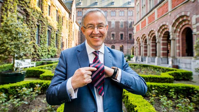 Burgemeester Ahmed Aboutaleb: ,,Het gaat om het gedrag dat je koppelt aan je burgerschap in Nederland, de rest is symboliek.''