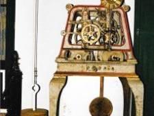 Origineel uurwerk terug in Adventskerk Alphen