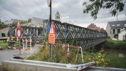 Rammelende brug na zes jaar weg