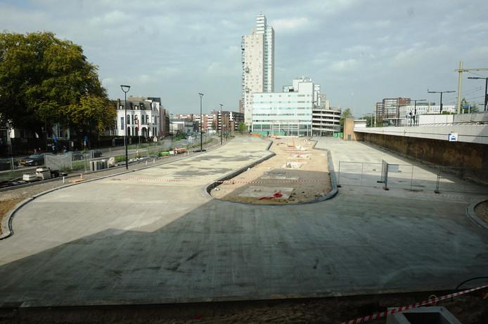 Het nieuwe busstation van de stad.