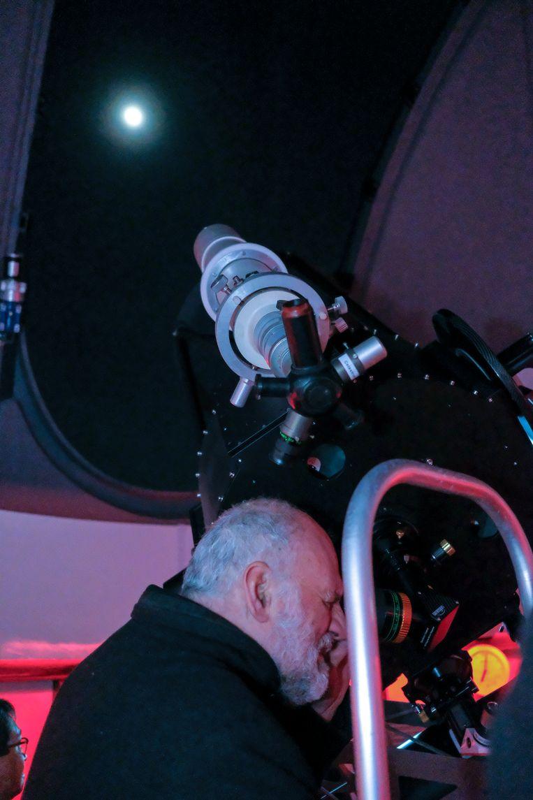 Dankzij het heldere weer konden de bezoekers de maan bekijken.