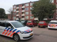 Lichaam aangetroffen in appartement in Apeldoorn: politie doet onderzoek