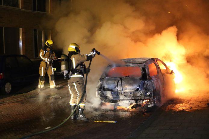 Autobrand Heilbronstraat Den Haag
