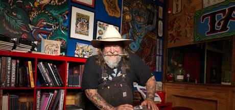 Tattookoning Henk Schiffmacher test theatershow in de Achterhoek