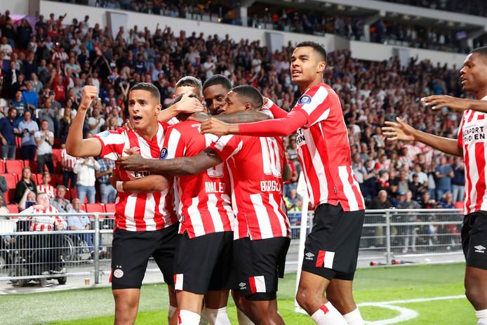 PSV plaatste zich via Apollon Nicosia voor de Europa League-groepsfase.