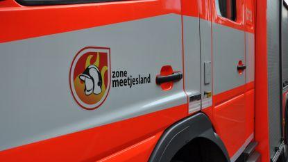 Schuur vat vuur in Aalstgoed: geen gewonden