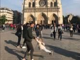 Zoekactie op Twitter naar voor Notre-Dame spelende 'vader en dochter' massaal opgepikt