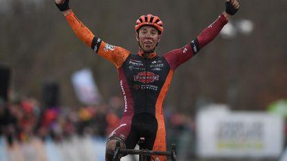 Laurens Sweeck schudt in Essen solo uit de pedalen en boekt tweede triomf van seizoen
