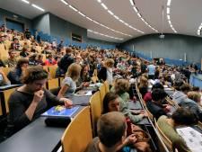 Des étudiants trop pauvres pour obtenir une bourse d'étude
