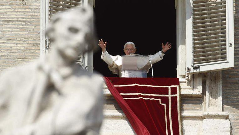 Paus Benedictus XVI gisteren in het Vaticaan. Beeld ap