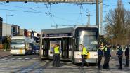 Tram ontspoord op Schotensesteenweg in Deurne