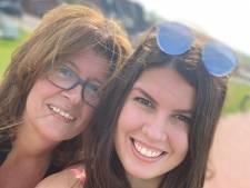 Dubbel pech voor Duitse Maren en Anne: 'Tweelingzus in Rijswijk zien, kan wéér niet'
