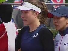 Tennisster Konta huilend van de baan na scheldpartij Nastase