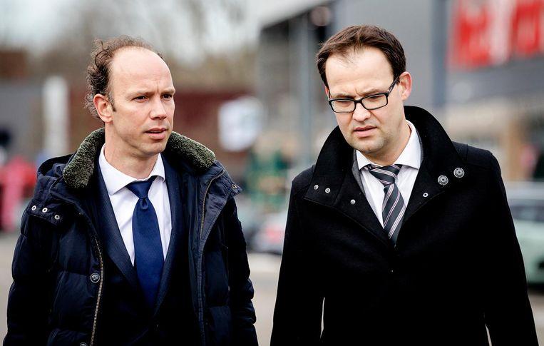 De advocaten van Willem Holleeder: Sander Janssen (L) en Robert Malewicz. Beeld anp
