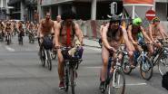 200 fietsers uit de kleren voor meer veiligheid