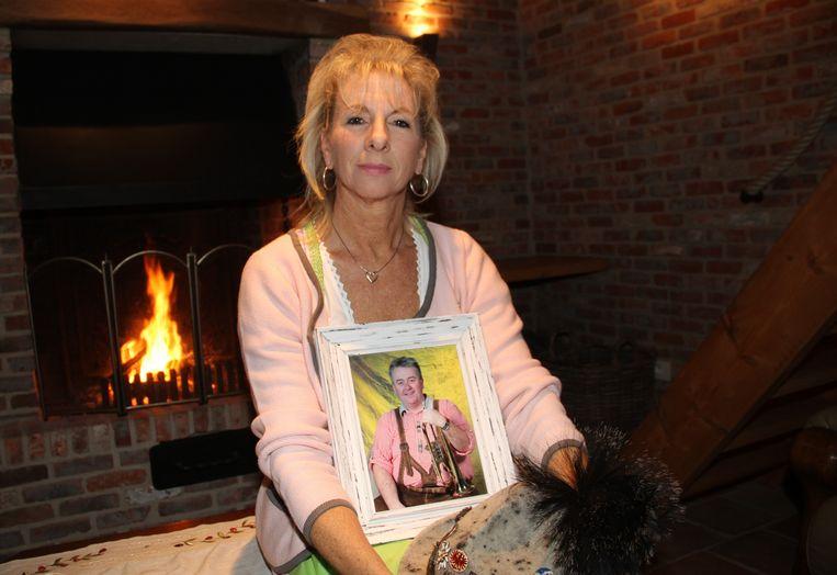 Katharina Eloot, de weduwe van Marc Debruyne, is nauw betrokken bij het programma.
