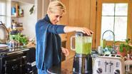 """Rani De Coninck laat zien hoe je een groene smoothie maakt: """"Ik voel me energieker en mijn huid straalt"""""""