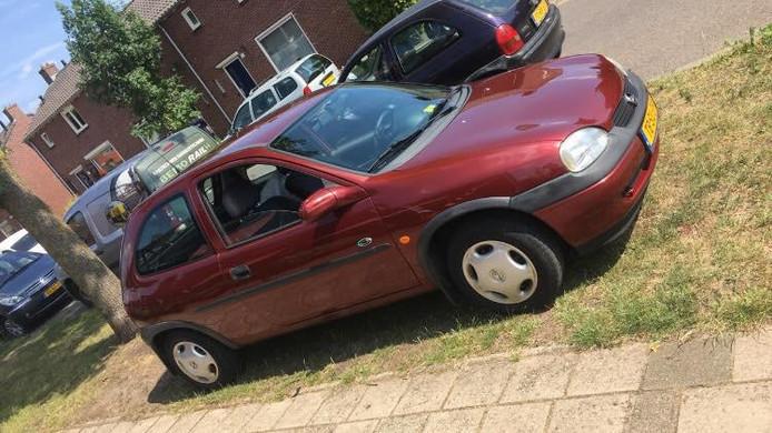 De nieuwe auto van Jessie de Moor